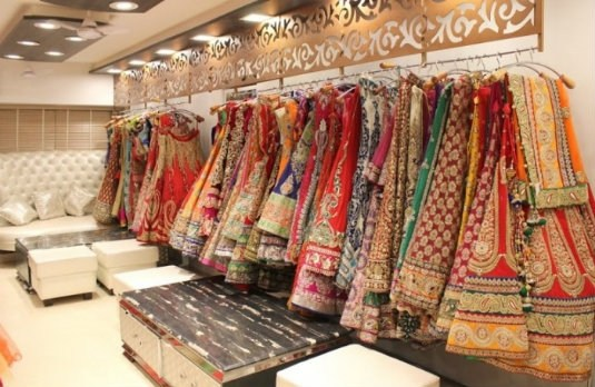 5 Budget Tips to Save on Your Wedding Trousseau