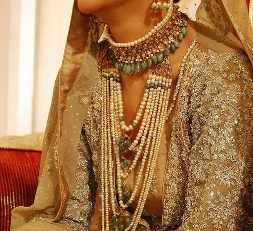 indian pearl jewellery for modern bride