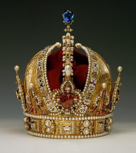 ancient roman pearl jewellery crown