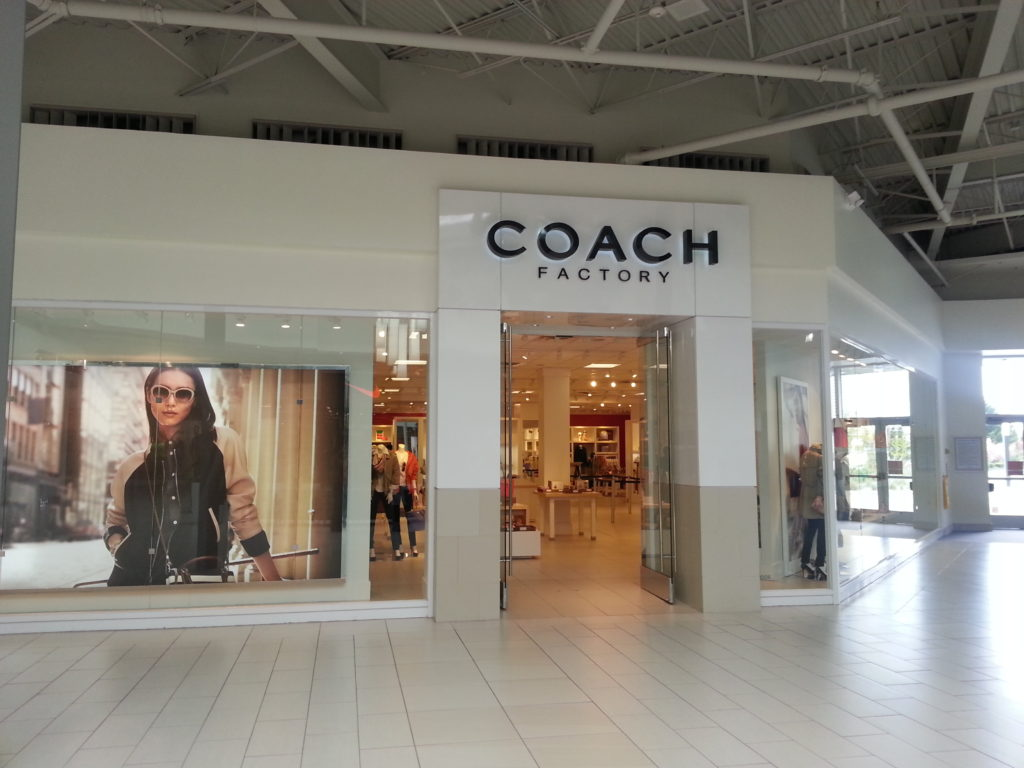 Designer Fashion Brands with Best Outlet Stores