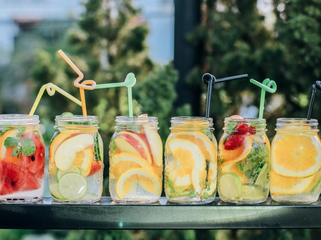 From drinking plenty of water to finding exercise you like, here are healthy, simple habits you can adopt to get into shape & get your dream body by spring.