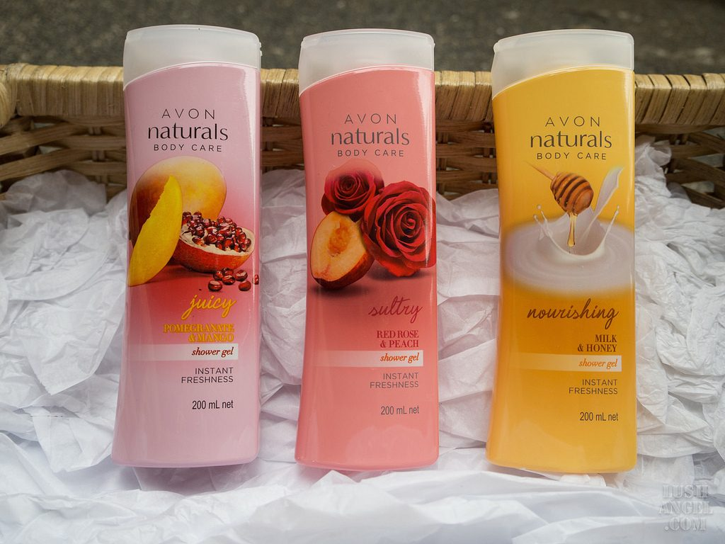 Avon Naturals Red Roses & Peach Hand & Body Lotion