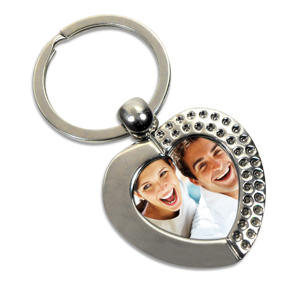 6 best personalised gifts keychains