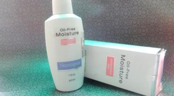 Neutrogena Oil-Free Moisture Combination Skin Review