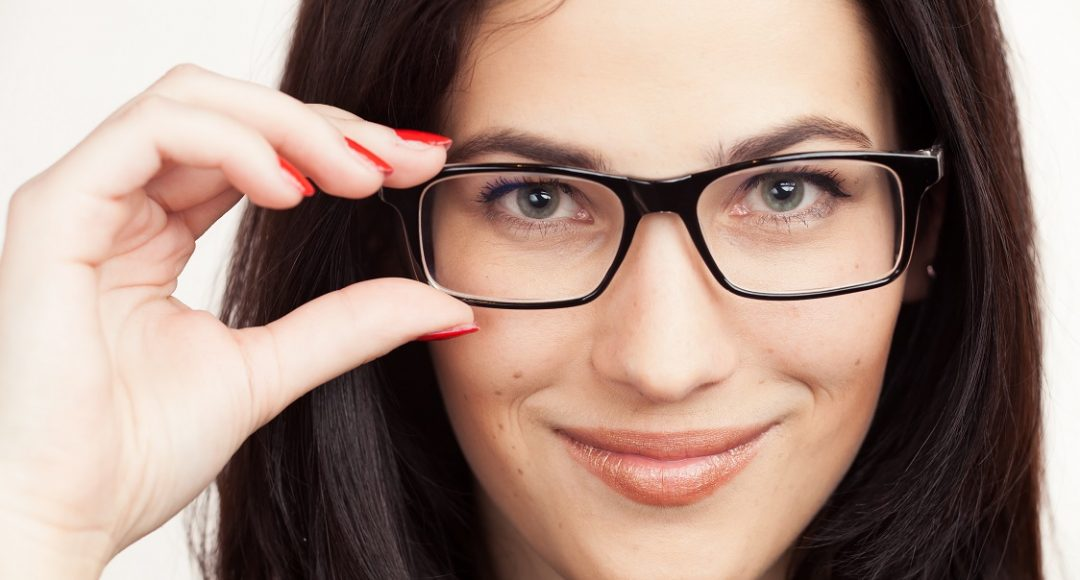 choosing perfect prescription glasses frames
