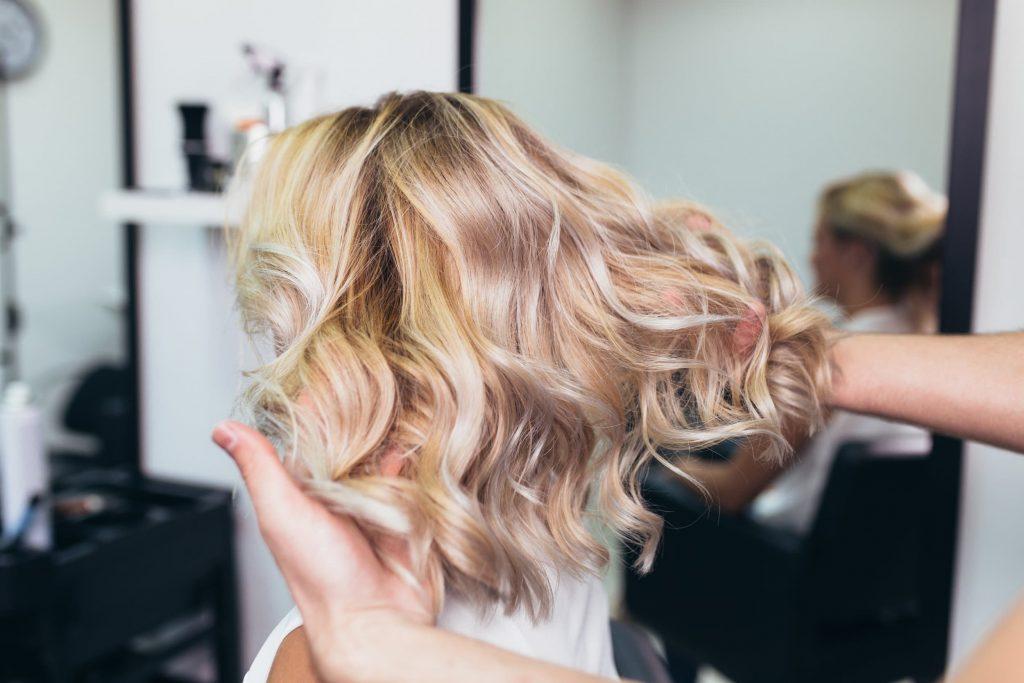 Choosing The Best Hair Color Salon