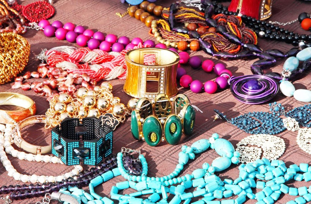 How to Choose the Best Accessories for You