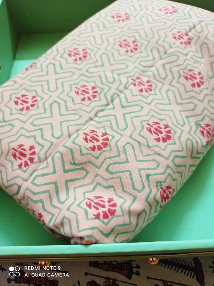 Unstitched fabric review from Fabcurate